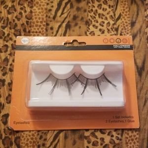 Fake Halloween extra eccentric false lashes